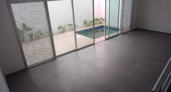 NEX-28547 - Casa en Venta en Alborada, CP 77533, Quintana Roo, con 3 recamaras, con 2 baños, con 1 medio baño, con 195 m2 de construcción.