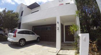 NEX-30188 - Casa en Venta en Supermanzana 319, CP 77536, Quintana Roo, con 3 recamaras, con 2 baños, con 1 medio baño, con 190 m2 de construcción.