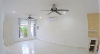 NEX-30798 - Casa en Renta en Supermanzana 522, CP 77536, Quintana Roo, con 2 recamaras, con 1 baño, con 95 m2 de construcción.