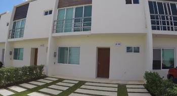 NEX-32307 - Casa en Renta en Cancún Centro, CP 77500, Quintana Roo, con 3 recamaras, con 2 baños, con 1 medio baño, con 131 m2 de construcción.