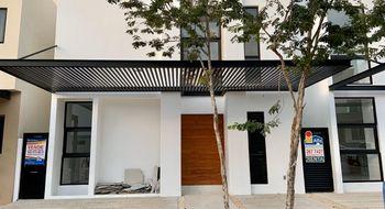 NEX-34531 - Casa en Venta en Cancún Centro, CP 77500, Quintana Roo, con 4 recamaras, con 4 baños, con 275 m2 de construcción.