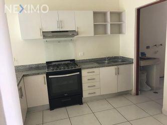 NEX-34773 - Casa en Renta, con 3 recamaras, con 1 baño, con 100 m2 de construcción en Cancún Centro, CP 77500, Quintana Roo.