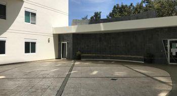 NEX-34821 - Departamento en Renta en Cancún Centro, CP 77500, Quintana Roo, con 2 recamaras, con 2 baños, con 1 medio baño, con 110 m2 de construcción.