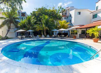 NEX-37418 - Departamento en Renta, con 2 recamaras, con 2 baños, con 1 medio baño, con 80 m2 de construcción en Zona Hotelera, CP 77500, Quintana Roo.