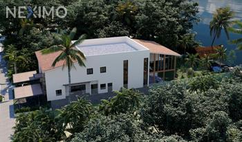 NEX-38927 - Casa en Venta, con 5 recamaras, con 7 baños, con 5 medio baños, con 719 m2 de construcción en Lagos del Sol, CP 77567, Quintana Roo.