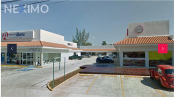 NEX-6519 - Oficina en Renta, con 2 baños, con 115 m2 de construcción en México, CP 97125, Yucatán.