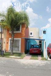 NEX-54409 - Casa en Venta, con 4 recamaras, con 2 baños, con 1 medio baño, con 105 m2 de construcción en Geovillas La Arbolada, CP 45653, Jalisco.