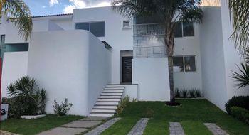 NEX-18808 - Casa en Venta en Lomas de Gran Jardín, CP 37134, Guanajuato, con 3 recamaras, con 2 baños, con 1 medio baño, con 205 m2 de construcción.