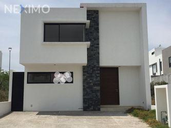 NEX-47236 - Casa en Venta, con 3 recamaras, con 3 baños, con 210 m2 de construcción en Zibatá, CP 76269, Querétaro.