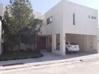 NEX-25936 - Casa en Venta en Santa Anita, CP 27294, Coahuila de Zaragoza, con 4 recamaras, con 2 baños, con 1 medio baño, con 341 m2 de construcción.