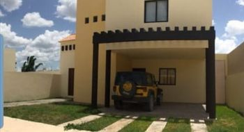 NEX-22202 - Casa en Venta en Santa Cruz, CP 97345, Yucatán, con 3 recamaras, con 3 baños, con 1 medio baño, con 245 m2 de construcción.