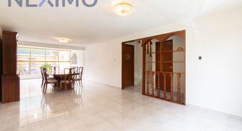 NEX-32959 - Casa en Renta en Lomas Estrella, CP 09890, Ciudad de México, con 4 recamaras, con 2 baños, con 1 medio baño, con 120 m2 de construcción.