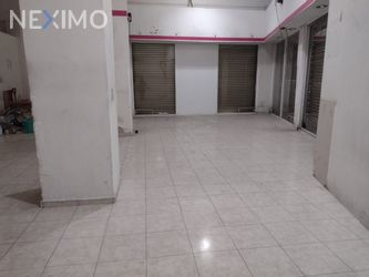 NEX-40517 - Local en Renta, con 1 recamara, con 2 medio baños, con 106 m2 de construcción en Ex-Ejido de La Magdalena Mixiuhca, CP 08010, Ciudad de México.