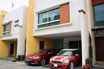 NEX-5324 - Casa en Venta, con 3 recamaras, con 3 baños, con 212 m2 de construcción en Momoxpan, CP 72754, Puebla.