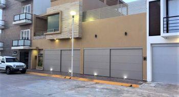 NEX-5338 - Casa en Venta en Paraíso Coatzacoalcos, CP 96523, Veracruz de Ignacio de la Llave, con 4 recamaras, con 5 baños, con 1 medio baño, con 443 m2 de construcción.