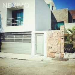 NEX-5541 - Casa en Venta, con 3 recamaras, con 3 baños, con 1 medio baño, con 160 m2 de construcción en Paraíso Coatzacoalcos, CP 96523, Veracruz de Ignacio de la Llave.