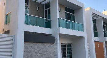 NEX-26826 - Casa en Venta en Gran Santa Fe 2, CP 77535, Quintana Roo, con 3 recamaras, con 2 baños, con 1 medio baño, con 145 m2 de construcción.