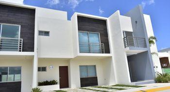 NEX-9439 - Casa en Venta en Las Torres, CP 77533, Quintana Roo, con 3 recamaras, con 2 baños, con 1 medio baño, con 178 m2 de construcción.