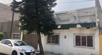 NEX-28573 - Casa en Venta en Santa Cruz Meyehualco, CP 09700, Ciudad de México, con 2 recamaras, con 2 baños, con 190 m2 de construcción.