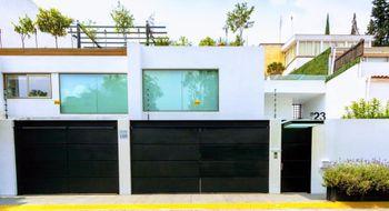 NEX-11968 - Casa en Venta en Balcones de la Herradura, CP 52785, México, con 3 recamaras, con 3 baños, con 3 medio baños, con 850 m2 de construcción.