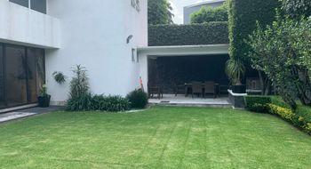 NEX-20766 - Casa en Renta en Parque del Pedregal, CP 14010, Ciudad de México, con 4 recamaras, con 4 baños, con 2 medio baños, con 420 m2 de construcción.
