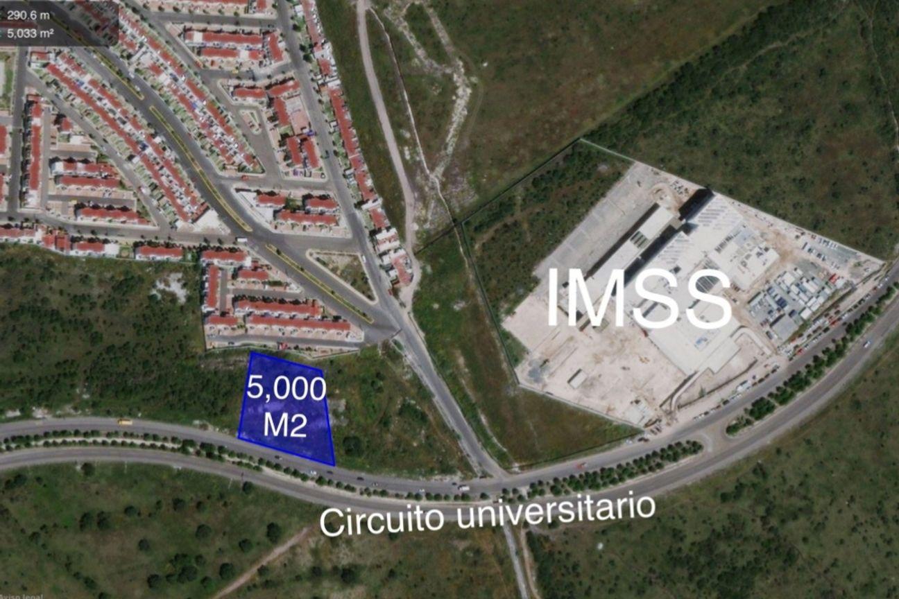 Terreno ubicado en Circuito Universitario, Querétaro
