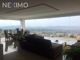 NEX-112 - Casa en Venta, con 3 recamaras, con 4 baños, con 650 m2 de construcción en La Herradura, CP 62306, Morelos.