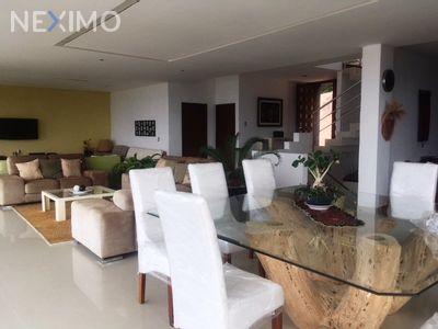 Casa en Venta en La Herradura, Cuernavaca, Morelos | NEX-112 | Neximo | Foto 3 de 5
