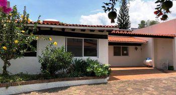 NEX-20403 - Casa en Venta en Tlaltenango, CP 62170, Morelos, con 4 recamaras, con 3 baños, con 237 m2 de construcción.