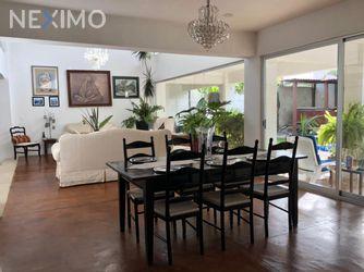 NEX-41897 - Casa en Venta en Ocotepec, CP 62220, Morelos, con 5 recamaras, con 4 baños, con 600 m2 de construcción.