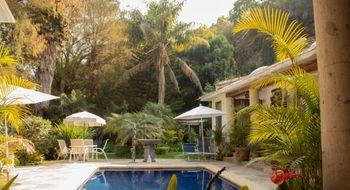 NEX-4389 - Casa en Venta en Rancho Cortes, CP 62120, Morelos, con 4 recamaras, con 4 baños, con 1 medio baño, con 509 m2 de construcción.