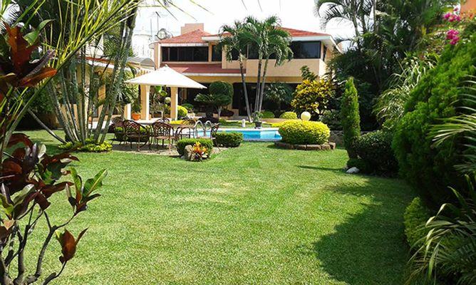 Hermosa Casa Tipo Californiano en Fraccionamiento | Foto 1 de 5
