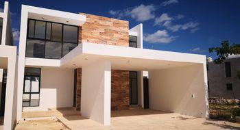 NEX-23821 - Casa en Venta en Temozon Norte, CP 97302, Yucatán, con 4 recamaras, con 4 baños, con 1 medio baño, con 305 m2 de construcción.