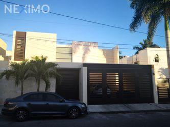 NEX-23876 - Casa en Venta, con 5 recamaras, con 5 baños, con 1 medio baño, con 470 m2 de construcción en San Ramon Norte, CP 97117, Yucatán.