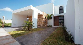 NEX-28686 - Casa en Venta en Cholul, CP 97305, Yucatán, con 4 recamaras, con 5 baños, con 1 medio baño, con 243 m2 de construcción.
