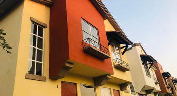 NEX-7982 - Casa en Venta en Real Solare, CP 76246, Querétaro, con 3 recamaras, con 2 baños, con 1 medio baño, con 62 m2 de construcción.