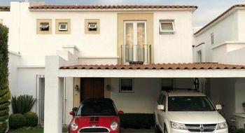 NEX-11803 - Casa en Venta en Llano Grande, CP 52148, México, con 3 recamaras, con 2 baños, con 1 medio baño, con 220 m2 de construcción.