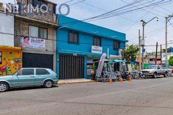NEX-46071 - Casa en Venta, con 4 recamaras, con 3 baños, con 2 medio baños, con 234 m2 de construcción en Lomas de San Lorenzo, CP 09780, Ciudad de México.