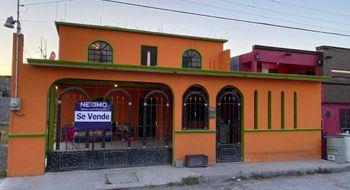 NEX-26423 - Casa en Venta en Los Pinos, CP 87448, Tamaulipas, con 6 recamaras, con 3 baños, con 316 m2 de construcción.