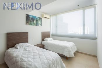 NEX-10307 - Departamento en Renta, con 2 recamaras, con 2 baños, con 98 m2 de construcción en Cancún Centro, CP 77500, Quintana Roo.