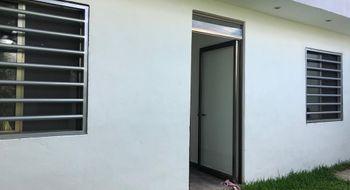 NEX-12218 - Casa en Venta en Supermanzana 59, CP 77515, Quintana Roo, con 5 recamaras, con 3 baños, con 130 m2 de construcción.
