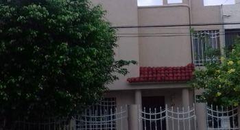 NEX-19871 - Casa en Venta en Supermanzana 38, CP 77507, Quintana Roo, con 3 recamaras, con 2 baños, con 250 m2 de construcción.