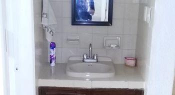 NEX-35136 - Departamento en Venta en Zona Hotelera, CP 77500, Quintana Roo, con 2 recamaras, con 1 baño, con 96 m2 de construcción.