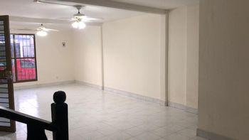 NEX-38326 - Casa en Renta en El Valle, CP 29010, Chiapas, con 4 recamaras, con 2 baños, con 2 medio baños, con 130 m2 de construcción.
