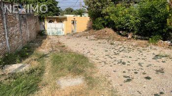 NEX-42112 - Terreno en Venta, con 2 recamaras, con 2 baños, con 1 medio baño, con 3111 m2 de construcción en Ampliación Terán, CP 29059, Chiapas.