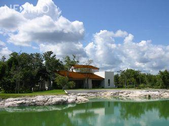 NEX-44147 - Terreno en Venta, con 375 m2 de construcción en Cancún (Internacional de Cancún), CP 77569, Quintana Roo.