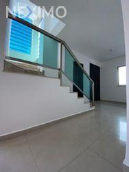 NEX-44838 - Casa en Renta, con 3 recamaras, con 4 baños, con 2 medio baños, con 180 m2 de construcción en Residencial Cumbres, CP 77560, Quintana Roo.