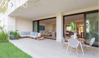 NEX-47627 - Casa en Venta, con 4 recamaras, con 5 baños, con 4 medio baños, con 395 m2 de construcción en Zona Hotelera, CP 77500, Quintana Roo.