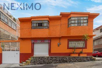 NEX-35021 - Casa en Venta, con 3 recamaras, con 1 baño, con 180 m2 de construcción en Los Volcanes, CP 14440, Ciudad de México.