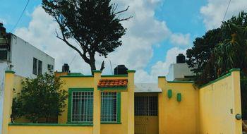 NEX-16066 - Casa en Renta en Supermanzana 226, CP 77516, Quintana Roo, con 2 recamaras, con 1 baño, con 85 m2 de construcción.
